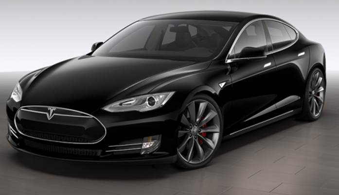 Tesla timmert aan de weg